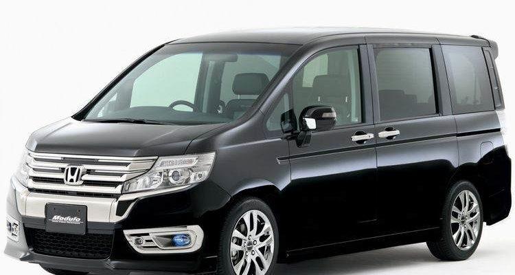 Аренда автомобиля Honda Stepwagon в Крыму