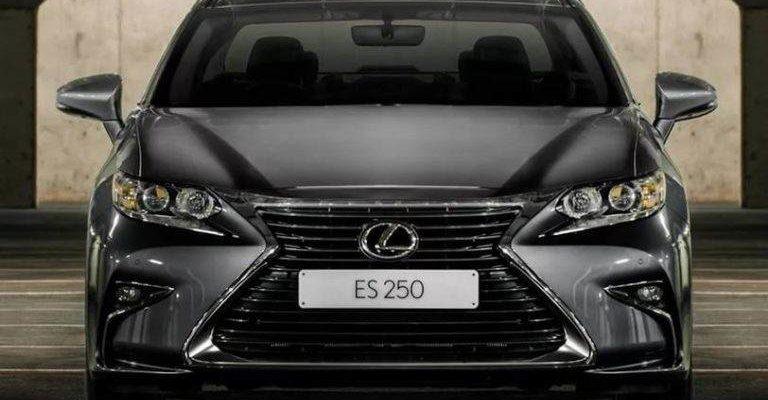 Прокат автомобиля Lexus ES250 в Крыму