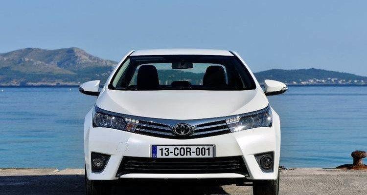 Аренда автомобиля Toyota Corolla в Крыму